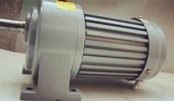 详细介绍齿轮减速电机怎么调整速度