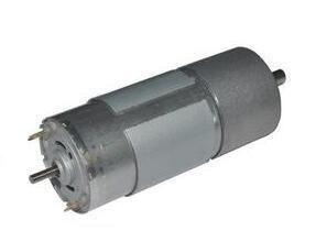 哪些因素决定微型减速电动机的功率?