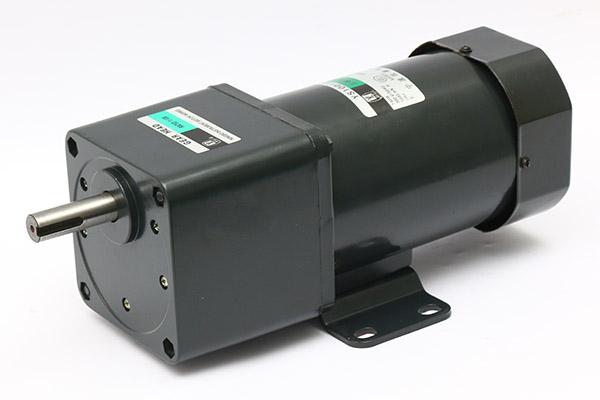 120W~140W三相齿轮减速电机